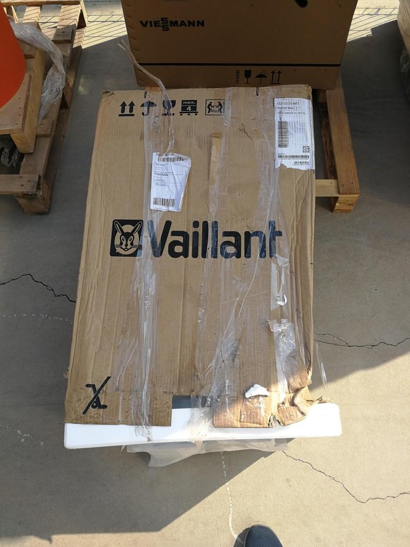 Poza Centrala termica in condensatie Vaillant Ecotec VUW INT II 306/5-5 - 30 kW resigilat. Poza 15333