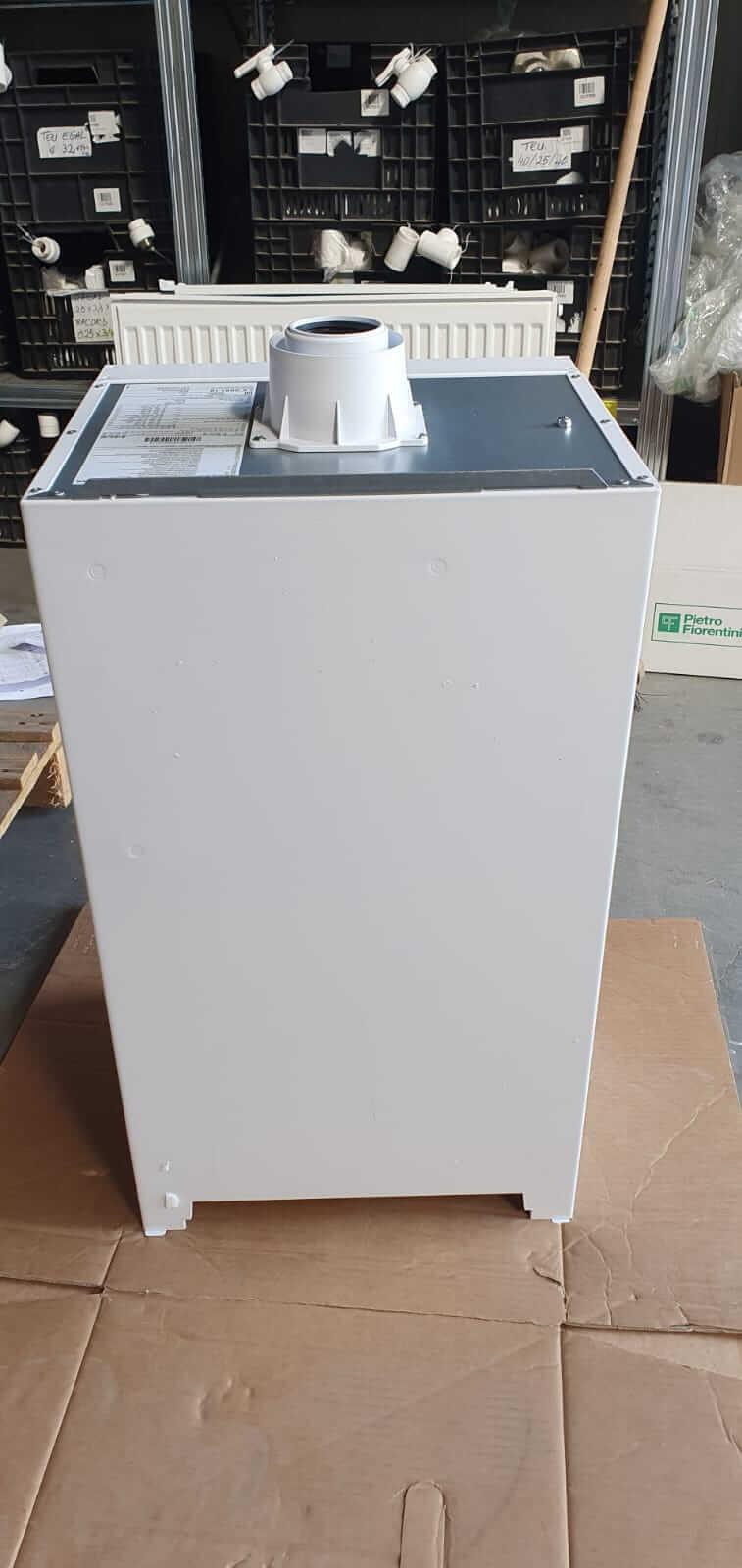 Poza Centrala termica in condensare cu touchscreen Viessmann Vitodens 100-W 35 kw combi B1KC157 resigilat. Poza 17013