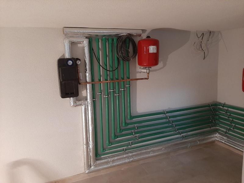 lucrare incalzire , panouri solare, camera tehnica montaj Bucuresti. Poza 486